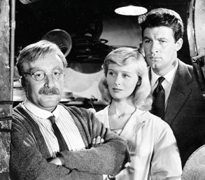 Peter Sellers, Virginia McKenna and Bill Travers in The Smallest Show on Earth